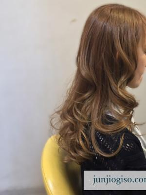 haircolor_yellowbeige13_sidestyle